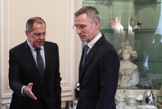 Rusija užsipuolė NATO vadovą: jis meluoja nė neraudonuodamas