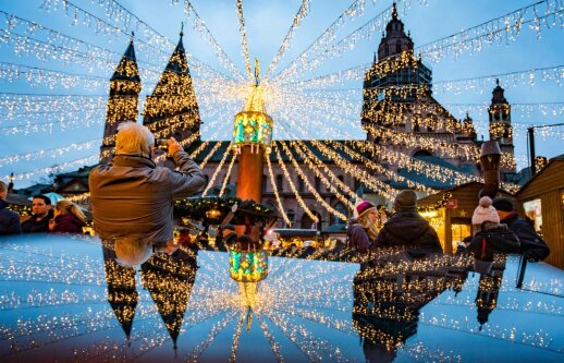 Apklausa: dauguma vokiečių klimato vardan atsisakytų kalėdinių lempučių