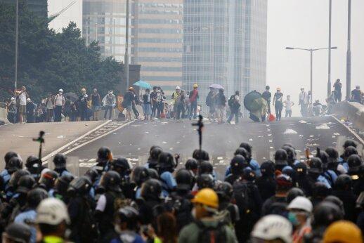 Honkonge laukiama didelės demonstracijos prieš ekstradicijos įstatymą