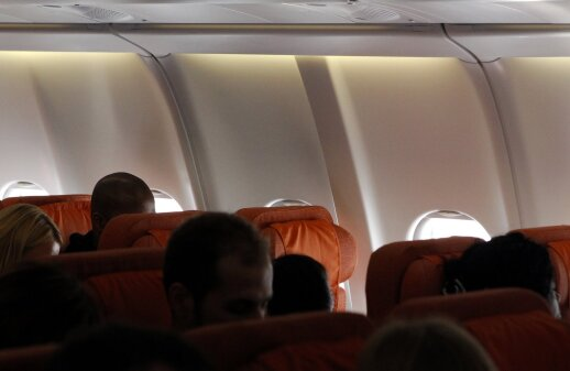 Kelionė su deportuojamu lietuviu – kaip siaubo trileris: kai kurie keleiviai net atsisakė skristi