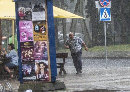 Orai: lietūs lankysis iki savaitės vidurio