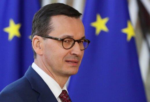 """Morawieckis: dėl """"Brexit"""" į Lenkiją jau grįžo dešimtys tūkstančių žmonių"""
