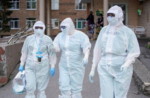 PSO įspėja neatsipalaiduoti: koronaviruso pandemija dar nepasiekė piko