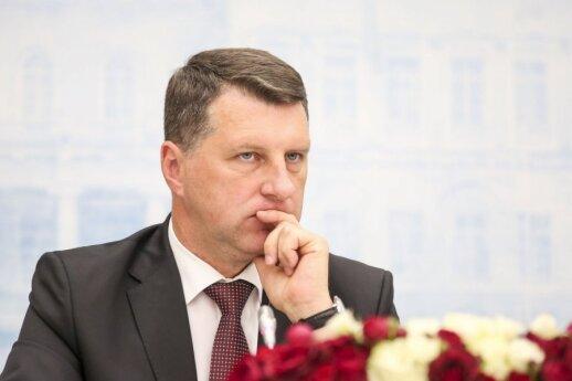 Latvijos prezidentas: 1991 metų barikadų laužai visuomet bus mūsų stiprybės šaltinis