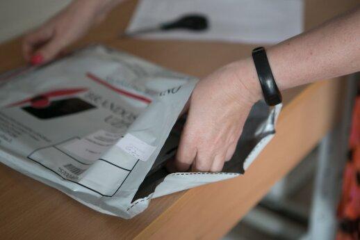 Lietuvos švietimo taryba: brandos egzaminų neturi būti atsisakyta