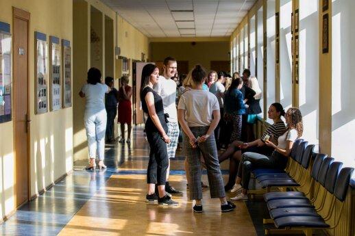Trečdalis abiturientų dar nepateikė prašymų į aukštąsias mokyklas