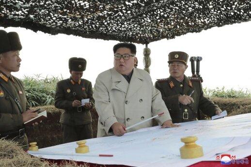 """Šiaurės Korėja atliko dar vieną """"svarbų bandymą"""" """"Sohae"""" palydovų paleidimo centre"""