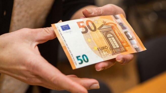 50-euru-banknoto-pristatymas-74243088.jpg (657×370)